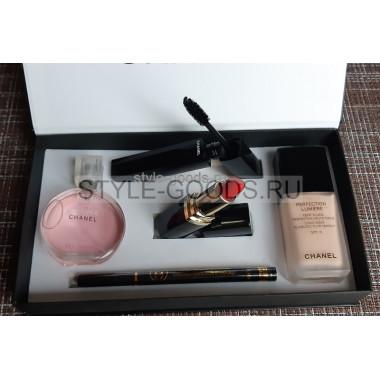 Подарочный набор косметики Chanel c тональным кремом